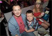 Noah Munck: 'iParty' with Brother Ethan!   Photo 420090 ...