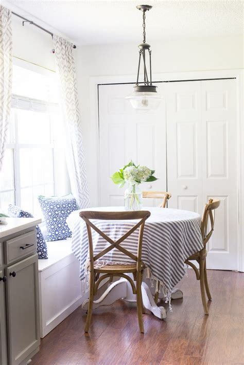 styling  breakfast nook  layers texture  warmth