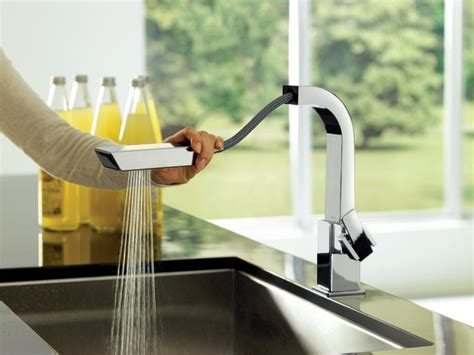 Moen Pull Out Spray Kitchen Faucet   Contemporary