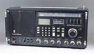 A Grundig  U0026quot Satellit 600 Professional U0026quot  Radio  With User Manual
