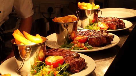 cuisine resto lochinvar hotel restaurant st 39 s town of dalry