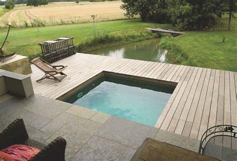 coque piscine 2×2