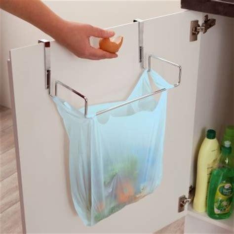 poubelle cuisine castorama poubelle de porte cuisine castorama 3 accroche sac poubelle placard lertloy com