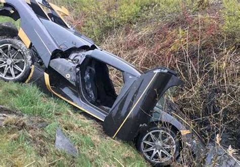 koenigsegg rs1 price koenigsegg agera rs commissioned by us buyer crashed