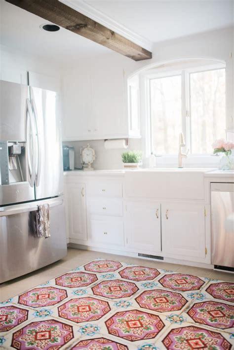 white farmhouse kitchen makeover part  lynzy