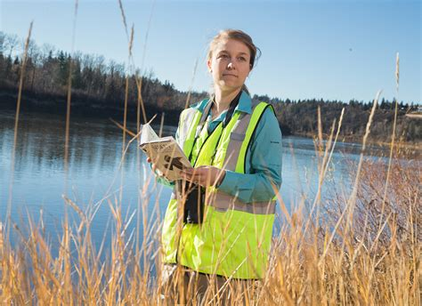 Biologist: Occupations in Alberta - alis