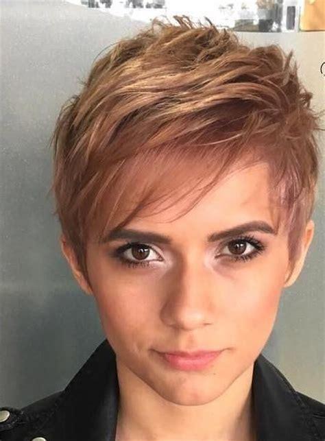 Dünnes Haar? Kein Problem! 10 Trendige Kurzhaarschnitte