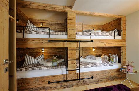 Treppen Fuer Den Wohnraum Qual Der Wahl Bei Form Und Material by Hotels Mit Bergblick Den Dachstein Immer Im Blick