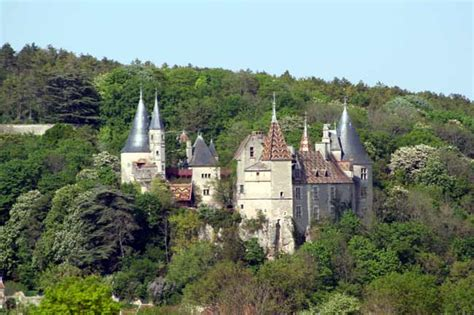 de roche pot discovering stunning towns such as beaune in burgundy