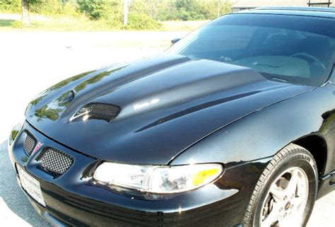 pontiac grand prix hood   ram air ws
