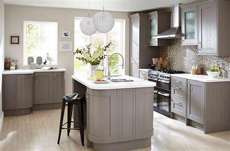 kitchen layout designs 25 best ideas about taupe kitchen on kitchen 2132