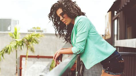 Curly Haired Woman Wallpaper Girls Wallpaper Better