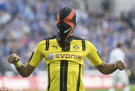 Pierre-Emerick Aubameyang's Nike mask stupid: Schmelzer ...
