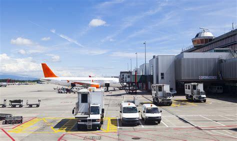bureau de change aeroport de geneve plano técnico airport in geneva