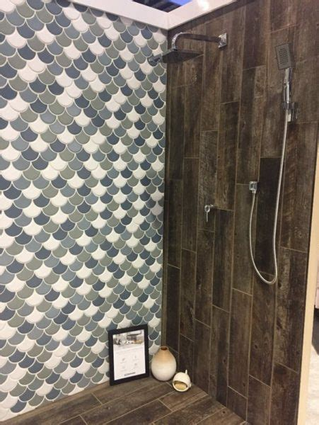 7 best ceramic and porcelain tile trends for bathrooms
