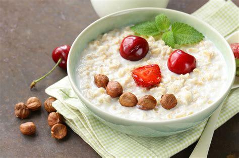 Enumerating The Main Differences Between Porridge Vs Oatmeal