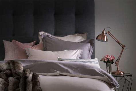 loads  living bedroom  haves  season sa decor