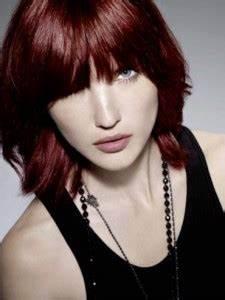 Acheter Coloration Rouge Framboise : coloration cheveux rouge framboise ~ Melissatoandfro.com Idées de Décoration