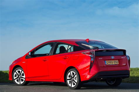 Toyota Prius by Toyota Prius Hatchback Review 2015 Parkers