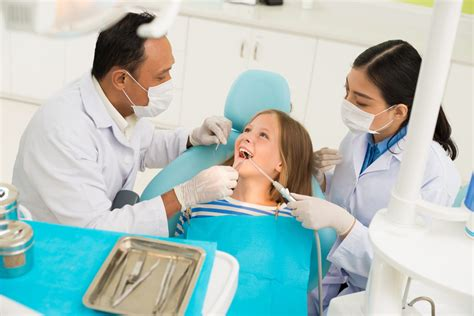 Pediatric Assistant by Want To Become A Dental Assistant 3 Tips For Working With