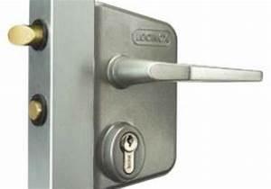 Serrure Portail Battant : serrure de portail battant cylindre europ en pour tube carr ou rect de 40 60 mm c2m avignon ~ Melissatoandfro.com Idées de Décoration
