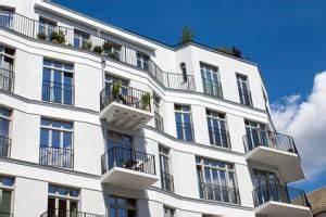 Steuern Sparen Immobilien : steuern sparen und altersvorsorge mit immobilien ~ Buech-reservation.com Haus und Dekorationen