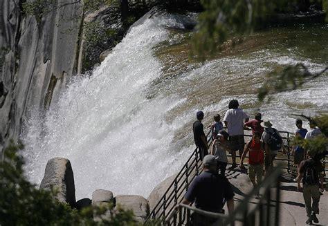 Yosemite Presumed Dead Swept Over Vernal Fall Sfgate