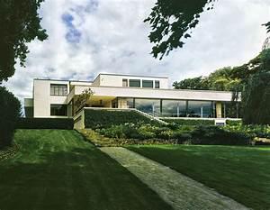 Villa Mies Van Der Rohe : ludwig mies van der rohe libor tepl villa tugendhat 1930 divisare ~ Markanthonyermac.com Haus und Dekorationen
