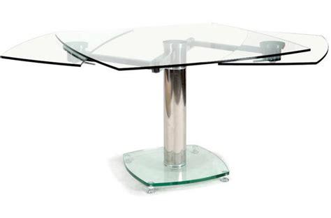 table carree en verre avec rallonge table carr 233 e avec allonges plateau verre transparent loan design sur sofactory