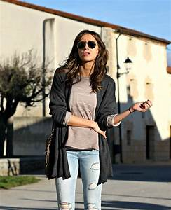 COMO COMBINAR JEANS CLAROS - Look and Chic
