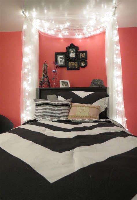Cool Bedroom Wall Ideas by Best 25 Bedroom Ideas On