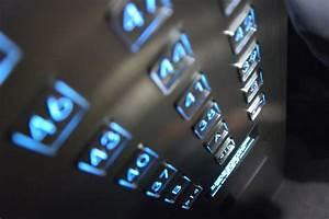 elevator | REACHING UTOPIA