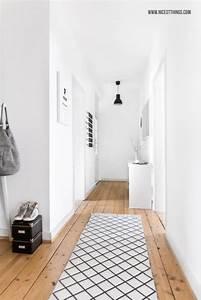 Weißer Teppich Ikea : wei er flur ferm living wallsticker tray table von ~ Lizthompson.info Haus und Dekorationen