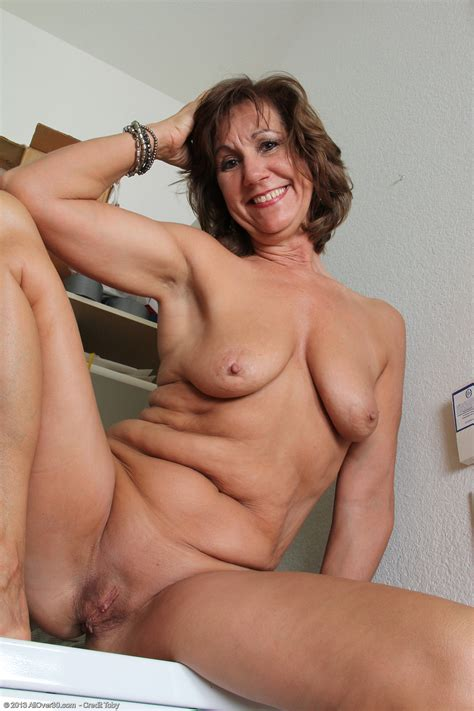 Year Old Lynn Exclusive Milf Pictures From Allover Com