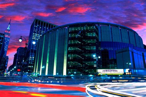 Madison Square Garden  The Official Guide To New York City