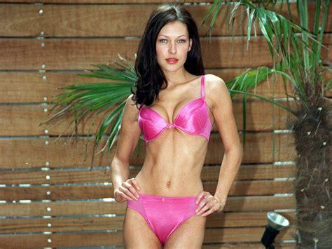 bikini emma griffiths malin sexy poze desktop actor cinemagia ro wallpapers db trololo blogg