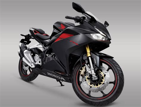 honda motorcycles motorcycle com 2017 honda cbr250rr announced