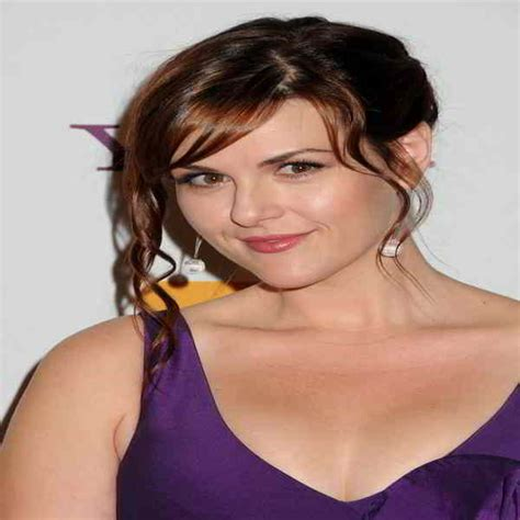 sara rue acting career sara rue bra size and body measurements celebrity
