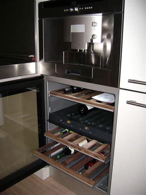 Inbouw Wijnkoeler Keuken by Italiaanse Design Keukens Wijnkoelers In De Keuken