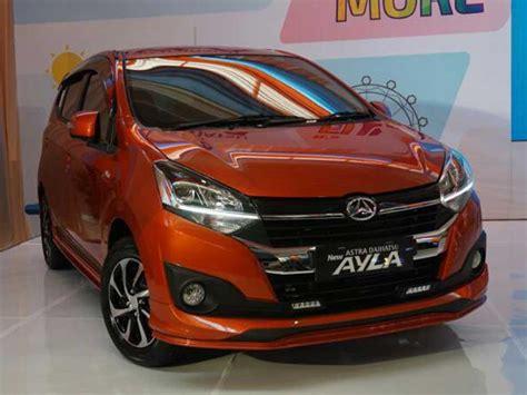 Harga Mobil Ayla Baru Kredit Manado
