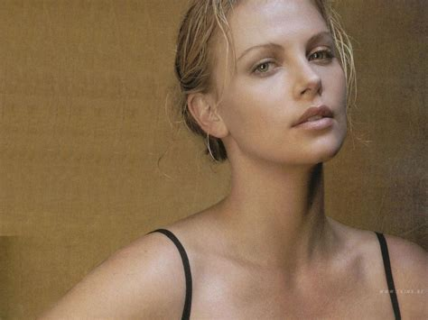 Topten Naija New Look Charlize Theron Not So Sexy Anymore