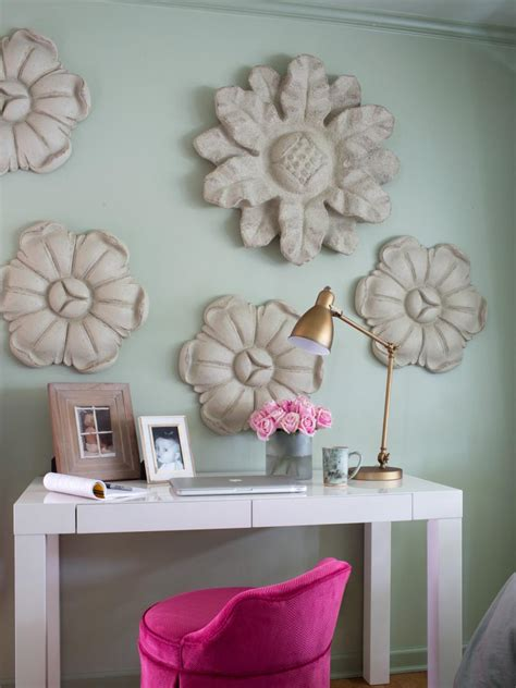 decorative ideas cottage style bedroom decorating ideas hgtv