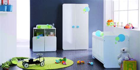 comment humidifier la chambre de bébé bébé arrive comment préparer et décorer sa chambre