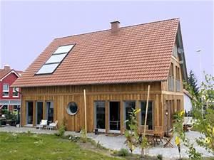 Fassade Mit Lärchenholz Verkleiden : hausfassaden preise bilder und gestaltungsm glichkeiten ~ Lizthompson.info Haus und Dekorationen