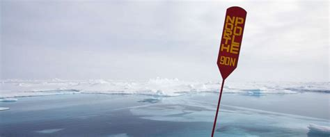 north pole warms  stunningly high mid   month