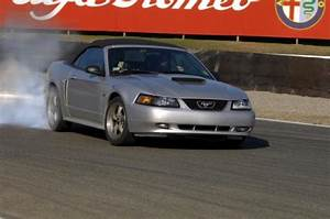 Ford Mustang GT Convertible specs, 0-60, performance data - FastestLaps.com