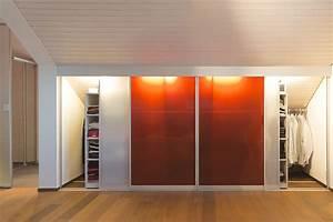 Möbel Dachschräge Ikea : schrank in der dachschr ge nach mass dachschr genschrank mit innenbeleuchtung und transparenten ~ Michelbontemps.com Haus und Dekorationen