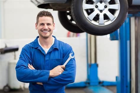 Auto Mechanic Career Information by 3 Useful Alternator Facts For Your Future Auto Mechanic Career