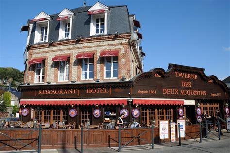 hotel normandie dans la chambre taverne des deux augustins etretat hôtel etretat