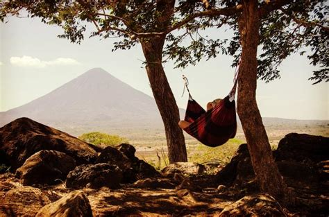 Hammock Between Trees by Best Knots For Hammock Cing How To Hang A Cing Hammock
